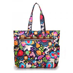 Floral Shopping Bag Waterproof Nylon Large Capacity Handbag Lightweight Rural style Leisure or Travel Bag Women
